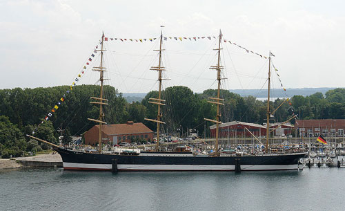 The museum ship Passat as seen from the old lighthouse. © Jürgen Howaldt, Creative Commons Share-alike License